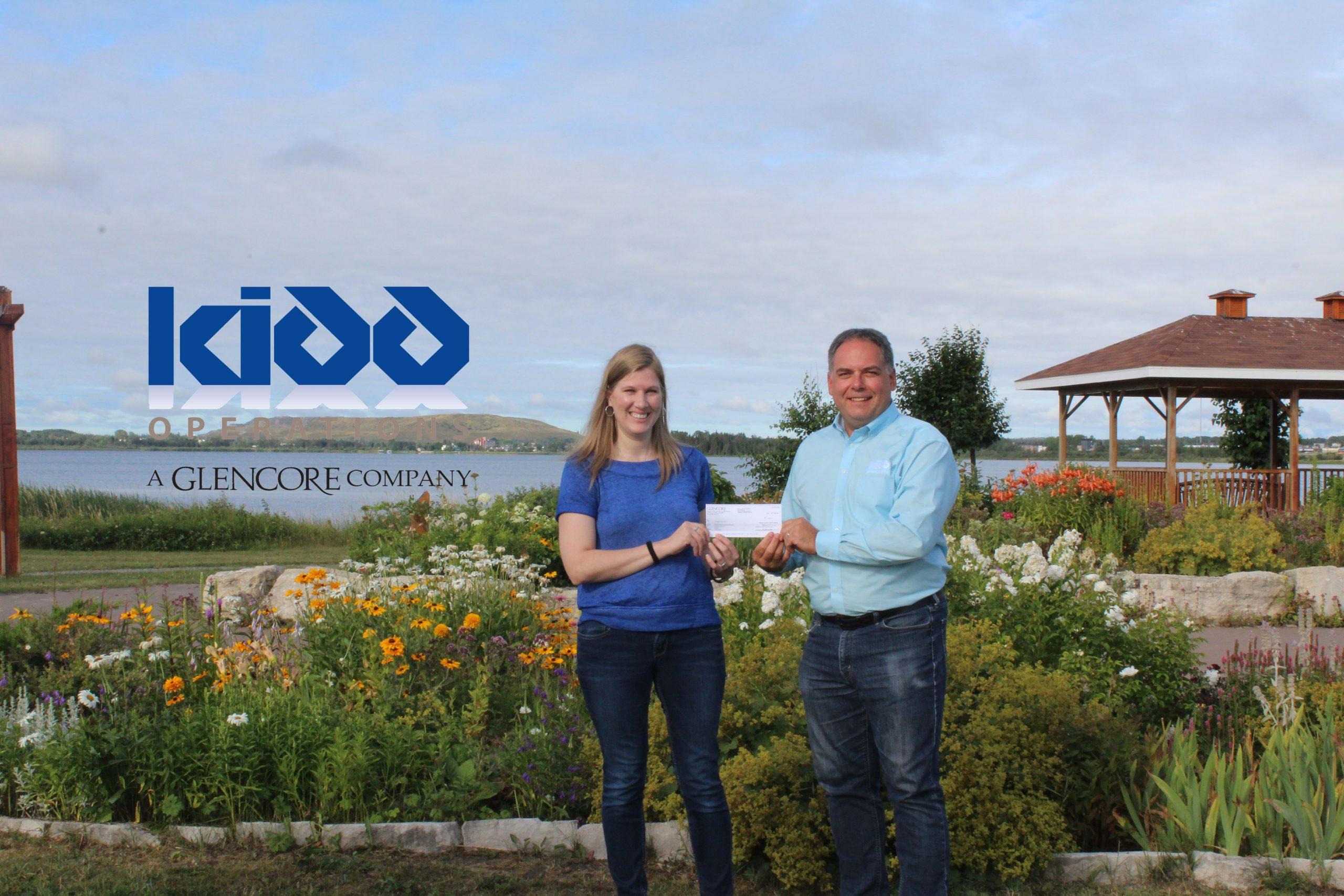 cheque presentation from Glencore Kidd Operations
