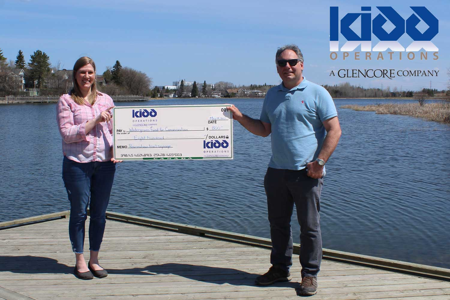 Cheque presentation from Glencore Kidd Operations to Wintergreen Fund for Conservation
